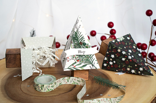 "A Cozy Christmas Table by Michelle Zerull for #EchoParkPaper featuring the ""A Cozy Christmas"" Collection"