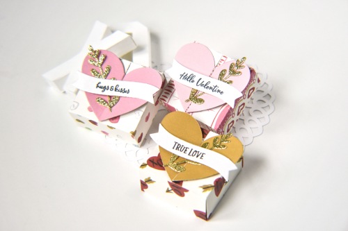 "Valentine's Day Treat Boxes by Michelle Zerull for #EchoParkPaper featuring the ""Be My Valentine"" collection"