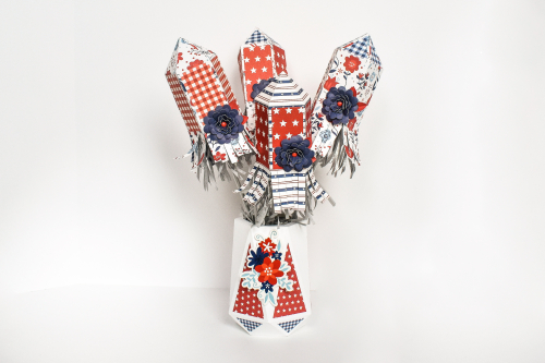 "4th of July Rocket Centerpiece by Michelle Zerull for #EchoParkPaper with the ""America"" collection."