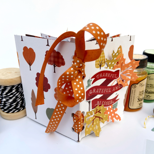 "Autumn mini album by Lydia Cost featuring the ""Happy Fall"" collection by #EchoParkPaper"